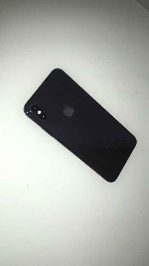 گوشی iPhone XS Max 256 gig کارکرده