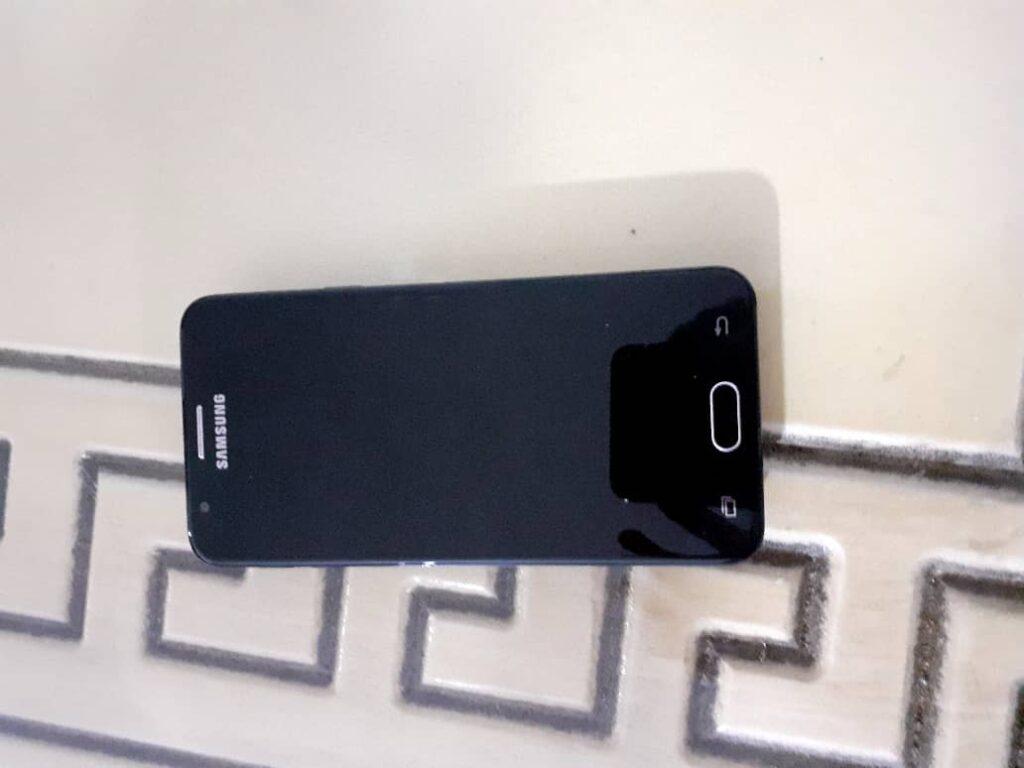 گوشی Samsung galaxy j5 prime کارکرده