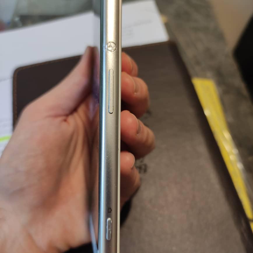 سونی Xperia XA Ultra با حافظهٔ ۱۶ گیگابایت