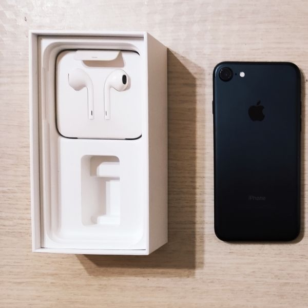 Iphone 7 128g کارکرده