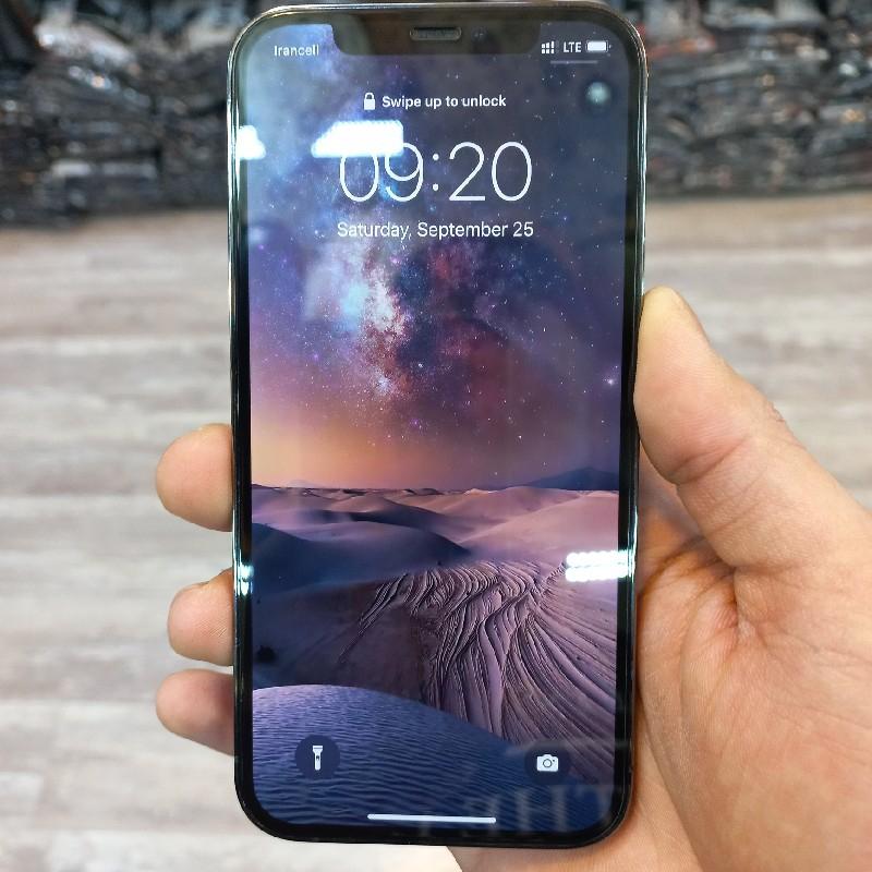 گوشی iphon 12pro کارکرده