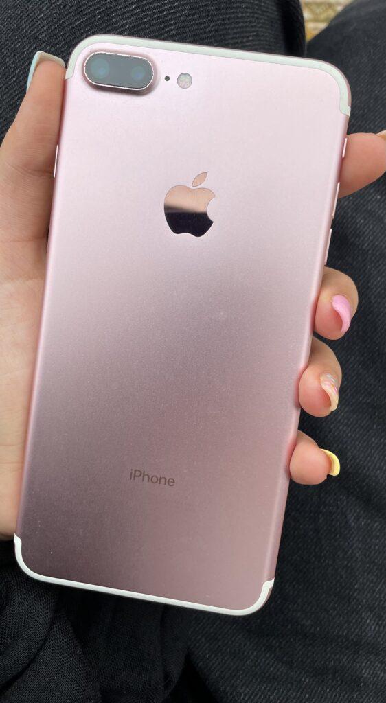 ایفون 7پلاس رنگ رز گلد کارکرده