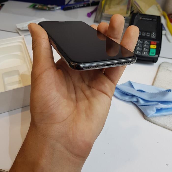 اپل iPhone XS Max با حافظهٔ ۵۱۲ گیگابایت کارکرده